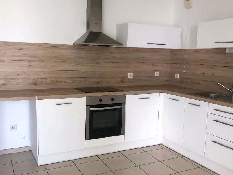 location appartement lomme 2895 4 chambres - 806 € - 2